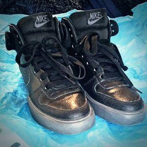 Nike Big High AC Black & Gray Mens 7.5 / Womens 9